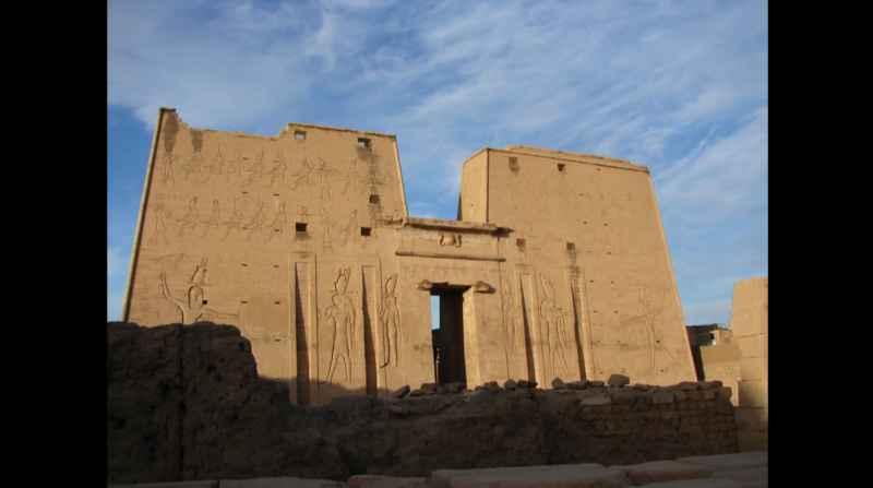 1 Temple Of Horus